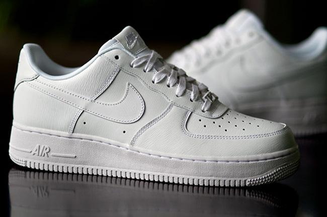 Палёнка - Как отличить оригинальные кроссовки Nike Air Force от подделки cd765fc2217